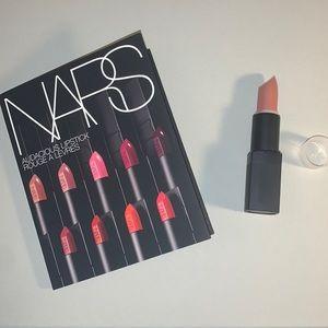 Pago Pago Nars Lipstick + 8x Audacious Sample